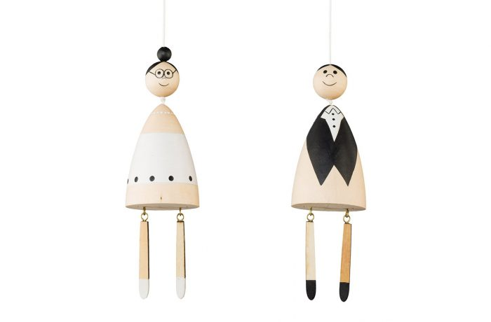 Wooden wedding couple